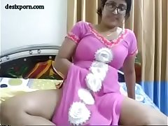 Indian bhabi showing boobs tits fingering pussy ass show